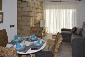 salón comedor apartamentos El Lago en Córdoba
